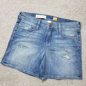 ⬇️ANTHROPOLOGIE roll up Jean shorts